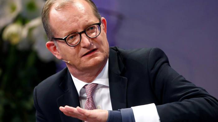FILE PHOTO: Commerzbank CEO Martin Zielke speaks at the 28th Frankfurt European Banking Congress (EBC) at the Old Opera house in Frankfurt, Germany November 16, 2018. REUTERS/Ralph Orlowski/File Photo