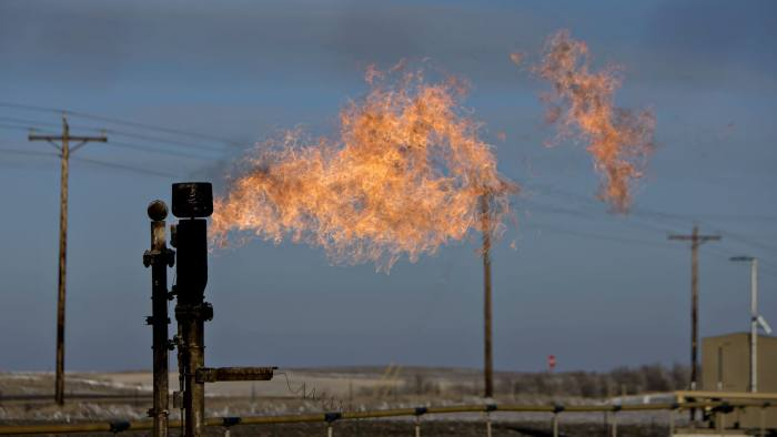 US becomes UK's top oil supplier for first time since Suez