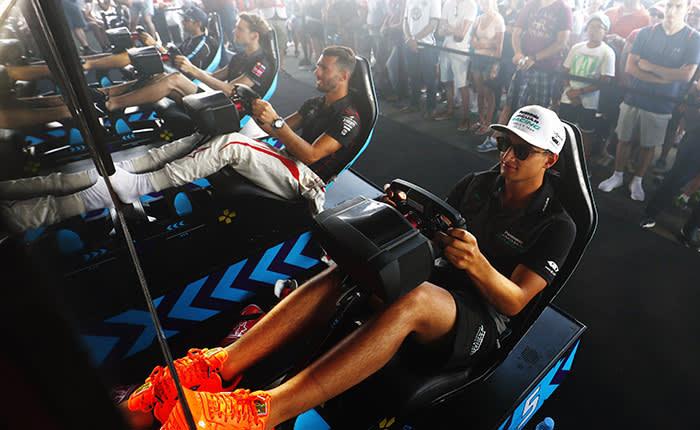 Mitch Evans (NZL), Panasonic Jaguar Racing, Jaguar I-Type II, and Jose Maria Lopez (ARG), Dragon, Penske EV-2, at the eRace.
