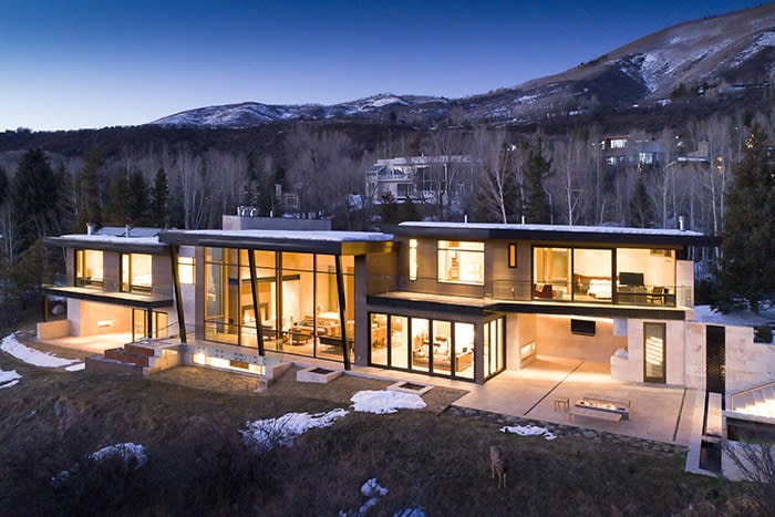 Available at a guide price of 35.000.000 USD through Aspen Snowmass Sotheby's International Realty