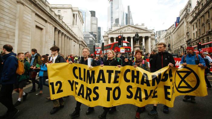 Decarbonisation brings economic benefits   Financial Times