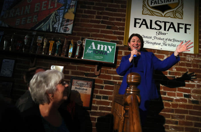 COUNCIL BLUFFS, IOWA - JANUARY 28: Democratic presidential candidate, Sen. Amy Klobuchar (D-MN) speaks during a campaign event at Barley's Taproom on January 28, 2020 in Council Bluffs, Iowa. The Iowa caucuses are February 3. (Photo by Justin Sullivan/Getty Images)