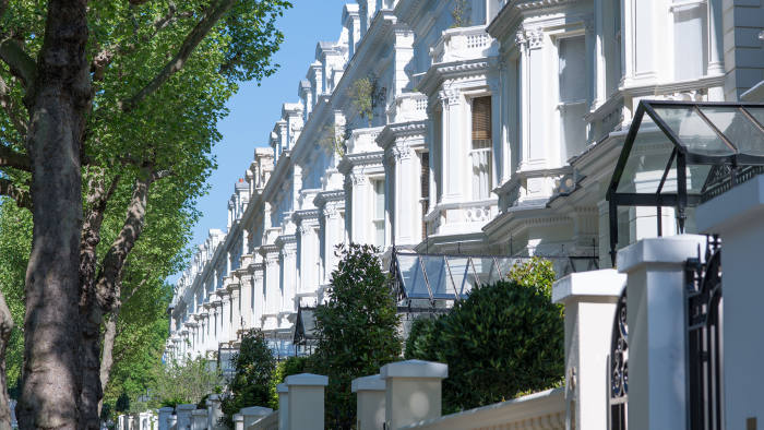 CPT313 Exclusive properties on Holland Park W11 in the Royal Borough of Kensington and Chelsea, London, UK.