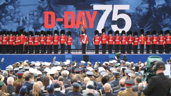 Queen and Donald Trump lead D-Day anniversary tributes