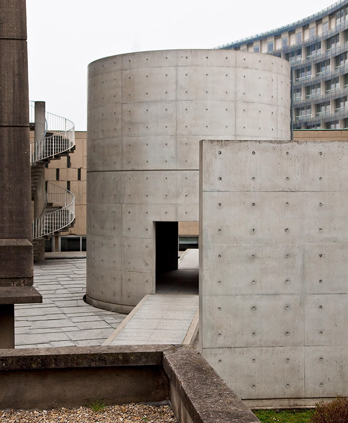 Tadao Ando's cylindrical meditation space at the Unesco building
