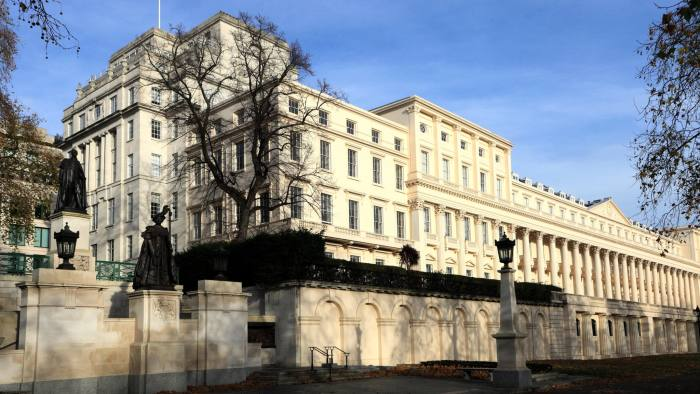 Billionaire founder of hedge fund Citadel buys £95m London home