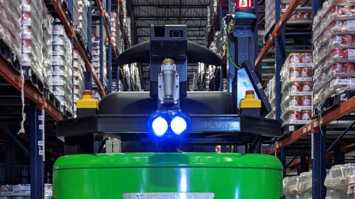 Vecna Robotics self-driving pallet trucks