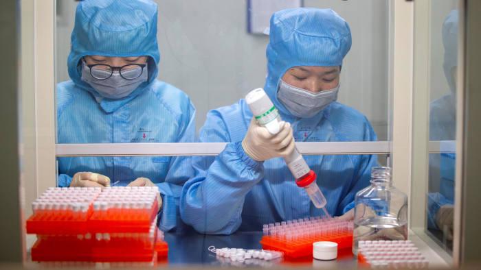 سلطات الصحة الصينية تحاول تطوير لقاح مضاد | عبر رويترز