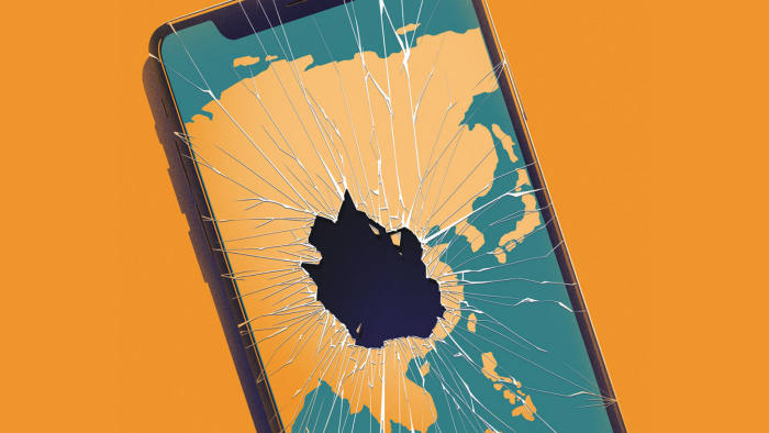 Asian tech groups struggle to adjust to iPhone slowdown | Financial Times