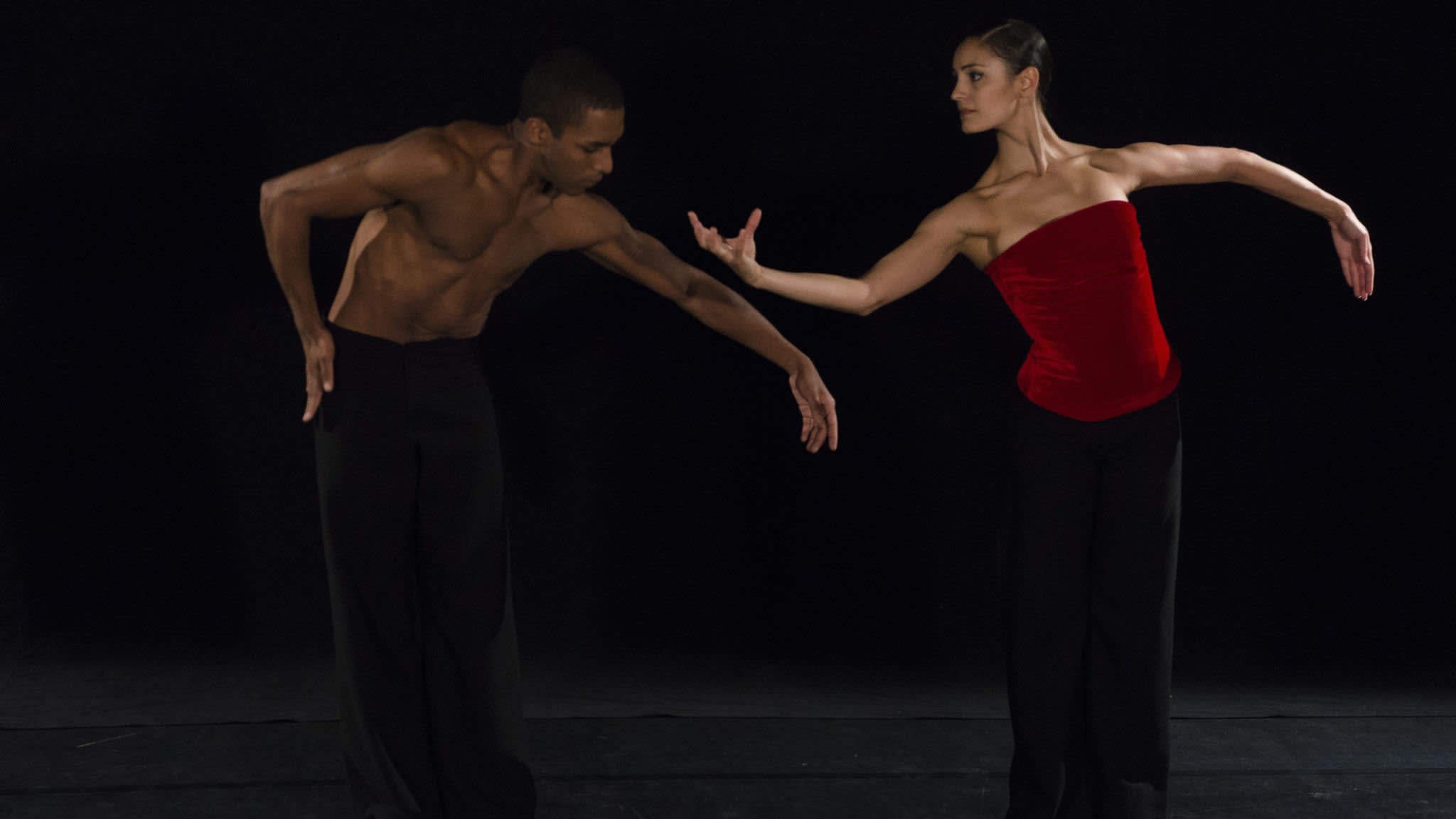 São Paulo Dance Company — promising Paris debut for young Brazilian troupe | Financial Times