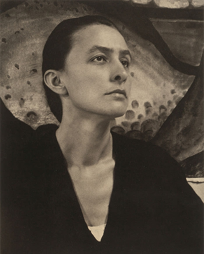 Portrait of Georgia O'Keeffe (1887-1986) , 1918. Private Collection. (Photo by Fine Art Images/Heritage Images/Getty Images)
