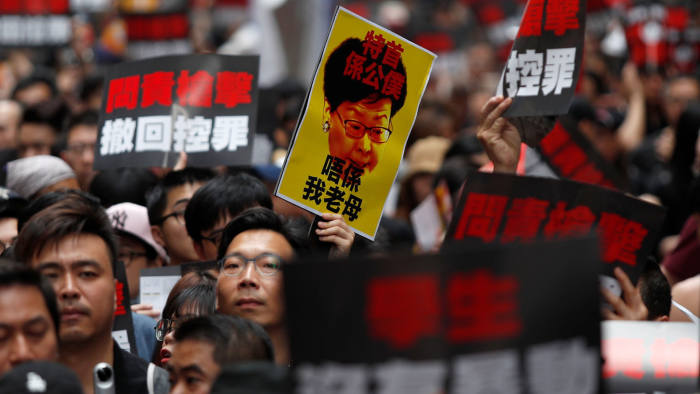 Its Not Just Demonstrators Saying >> Protesters Flood Hong Kong To Demand Leader S Resignation