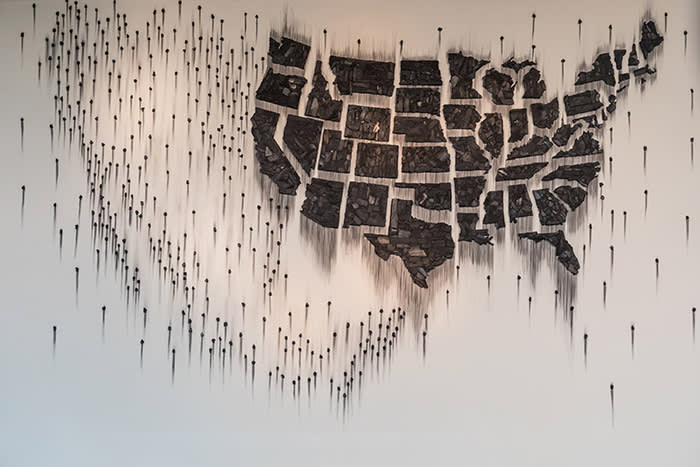 Fire (United States of the Americas), 2017 Charcoal Courtesy the artist and Lehmann Maupin. Photo: Beth Devillier.