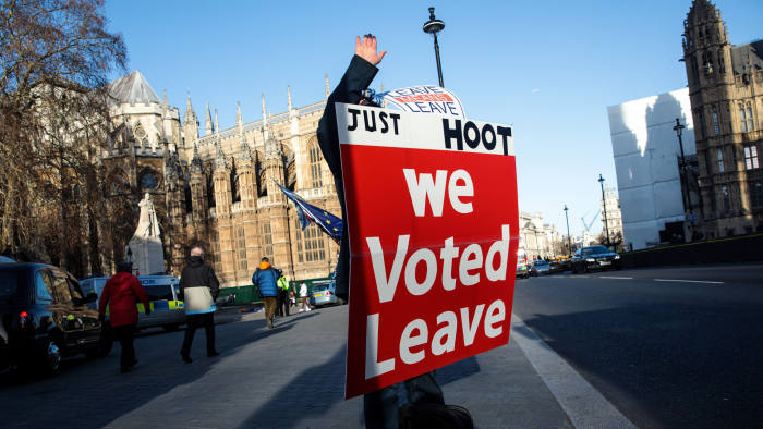 LONDON, ENGLAND - JANUARY 08: A pro-Brexit protester demonstrates outside the Houses of Parliament in Westminster on January 08, 2019 in London, England. MPs in Parliament are to vote on Theresa May's Brexit deal next week after last month's vote was called off in the face of a major defeat. (Photo by Jack Taylor/Getty Images)