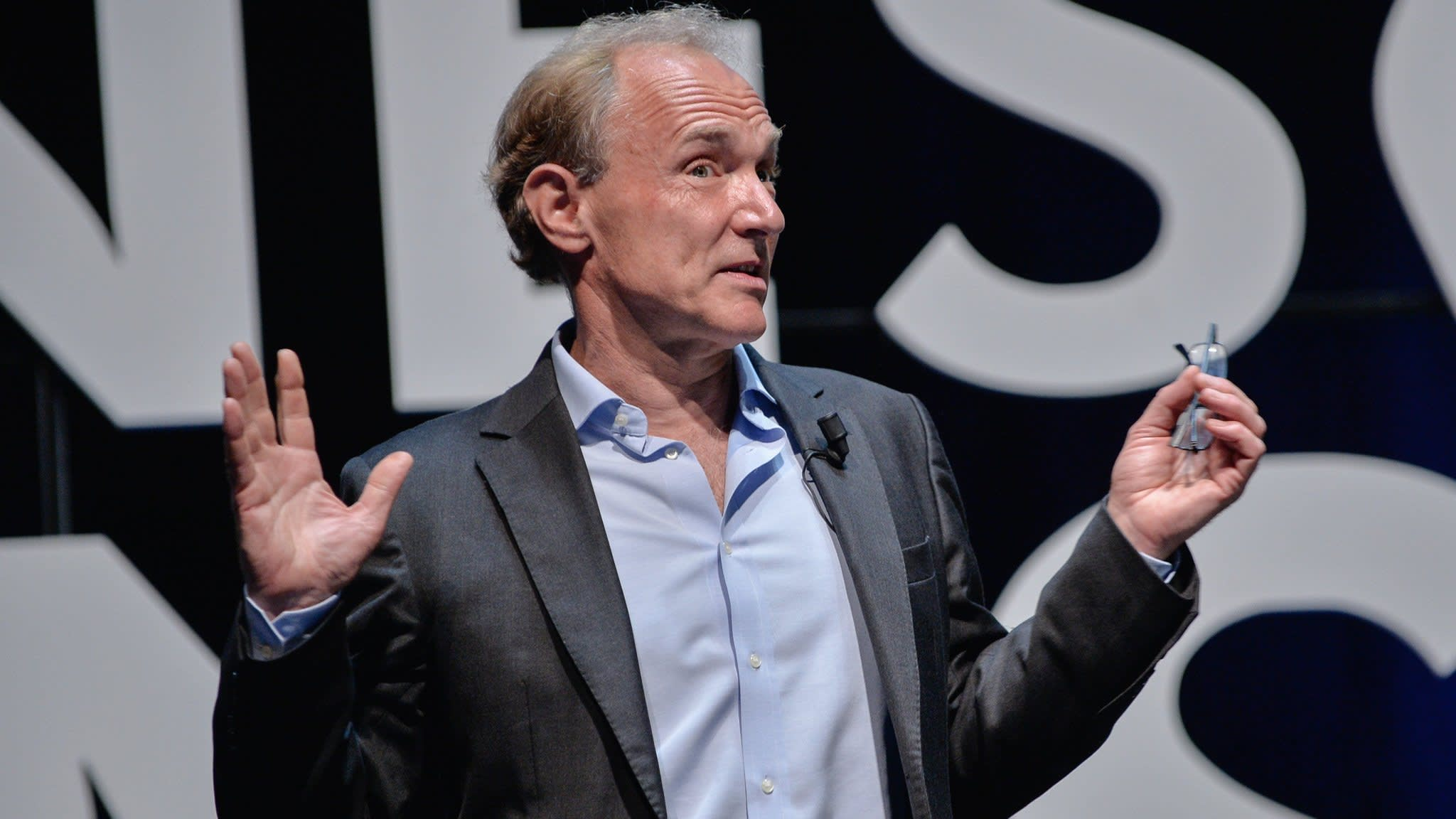 Sir Tim Berners-Lee hits out at big tech companies