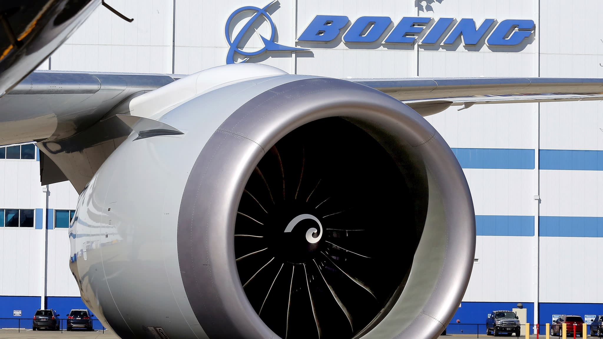 Boeing drops 5% in pre-market after China retaliation