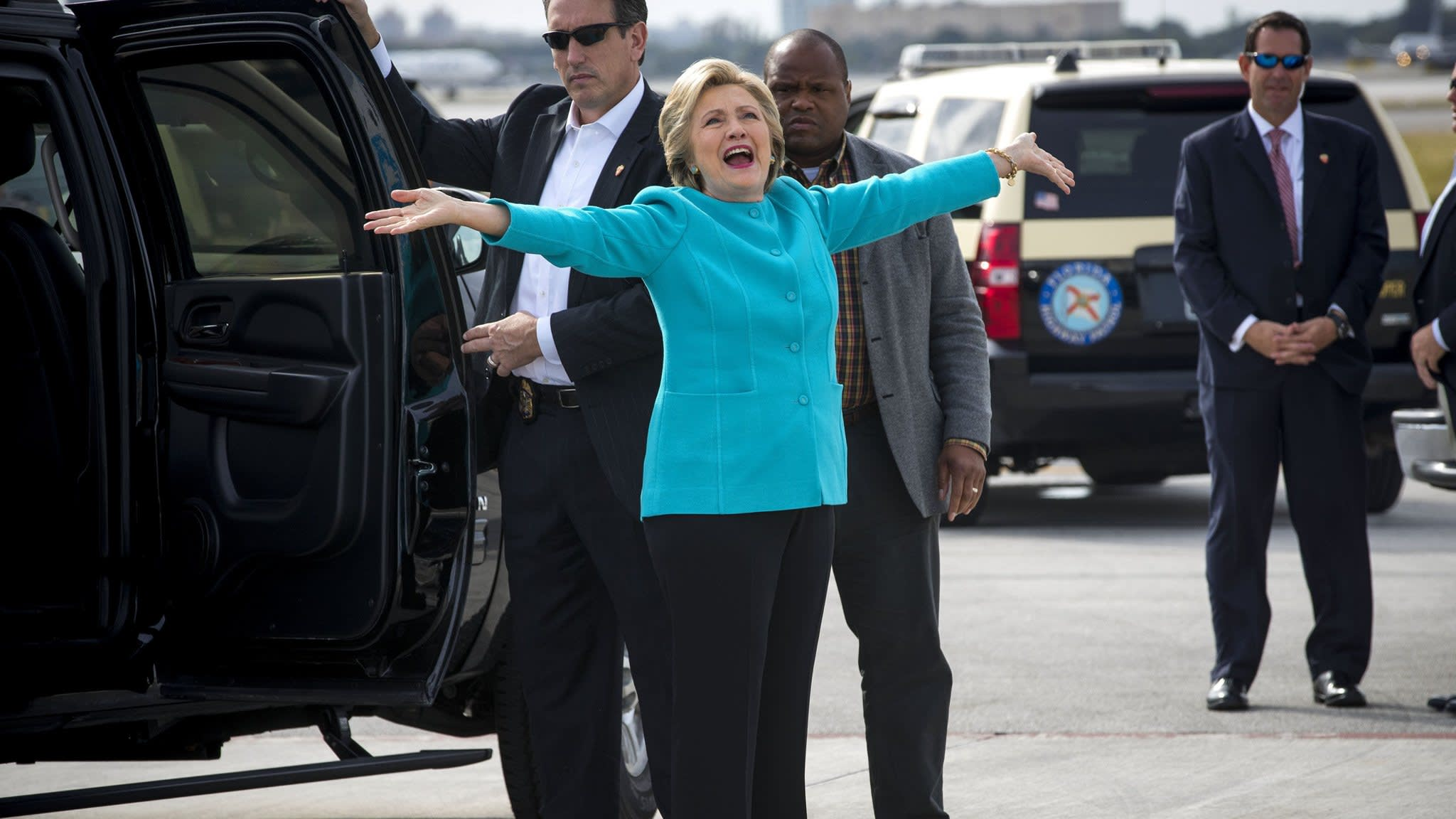 image when Chasing Hillary: on the road with a cloistered, would-be president