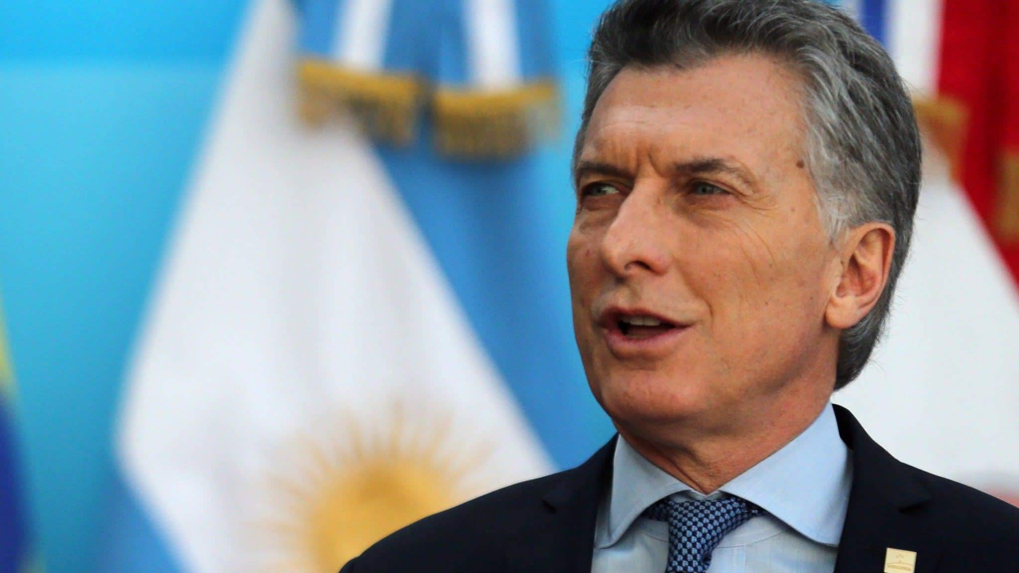 Argentina finds it harder to stick to IMF bailout plan