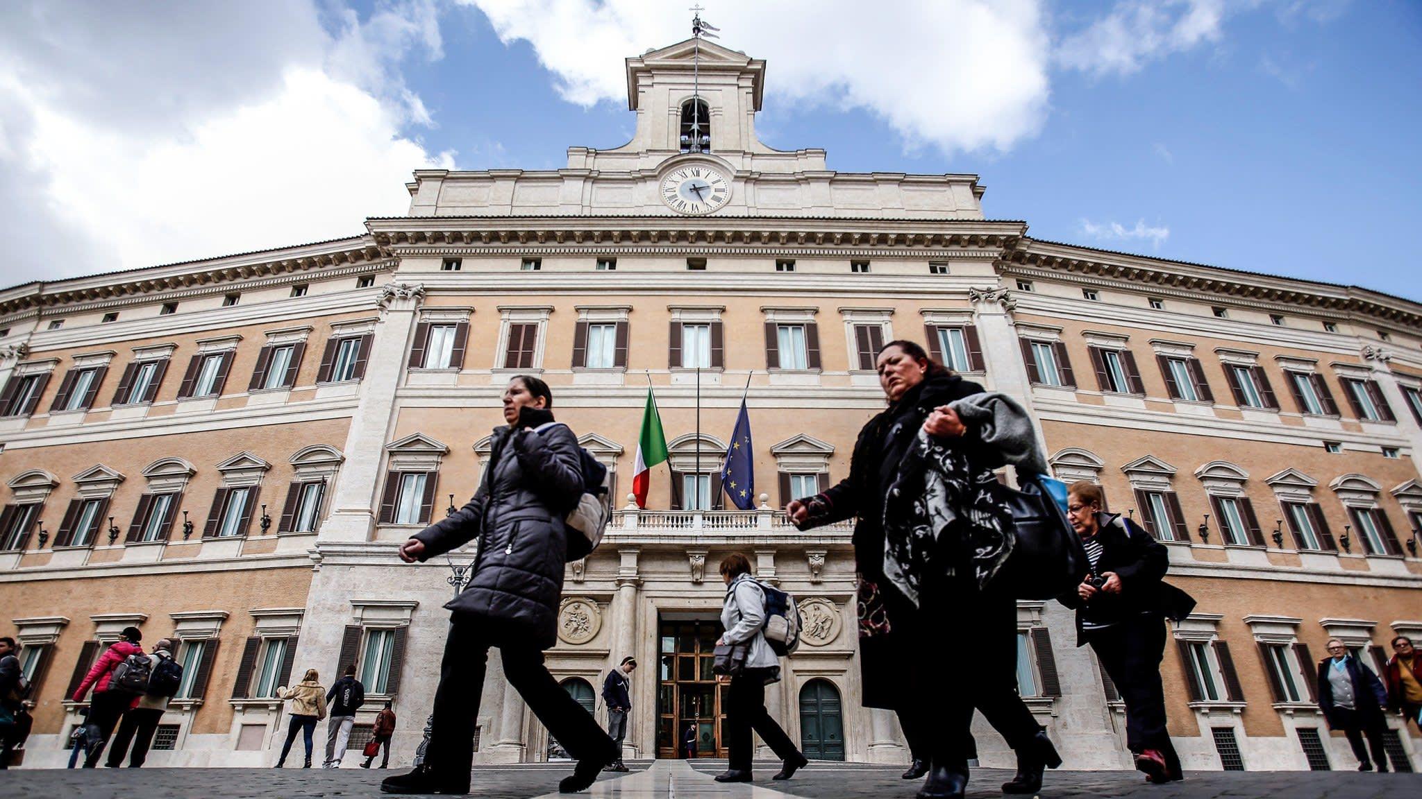 Market Forces: The Italian Job — The bond vigilantes flex their muscles