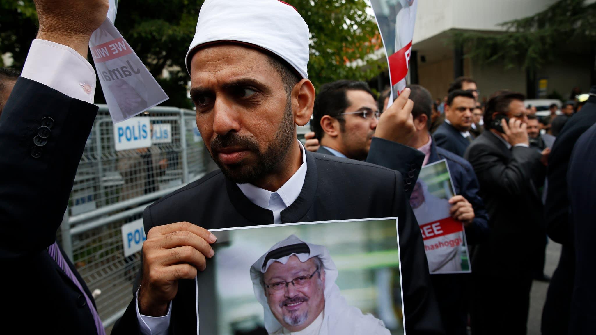 Erdogan pressures Saudi Arabia over missing journalist