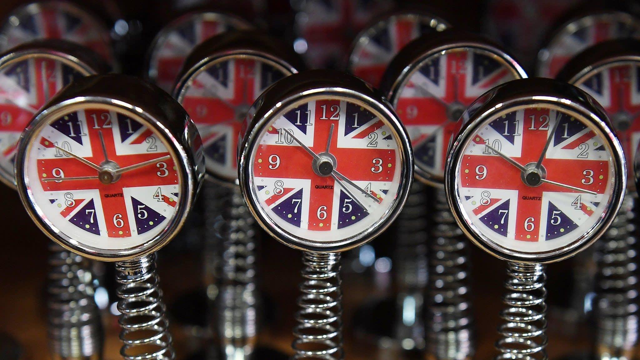Brussels raises Brexit tempo with Irish protocol