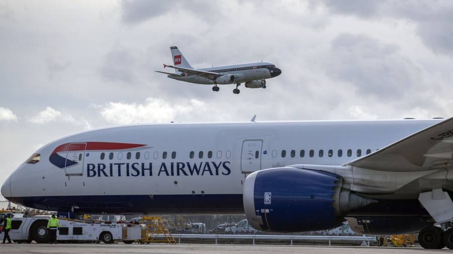 Top EU transport official hits out at airlines' Brexit gamble