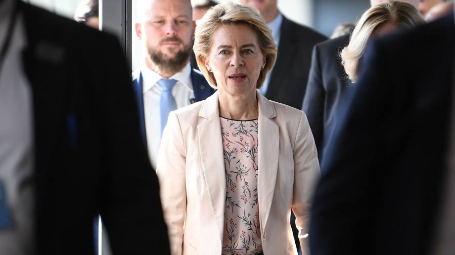 Von der Leyen faces fight to win approval for Brussels team