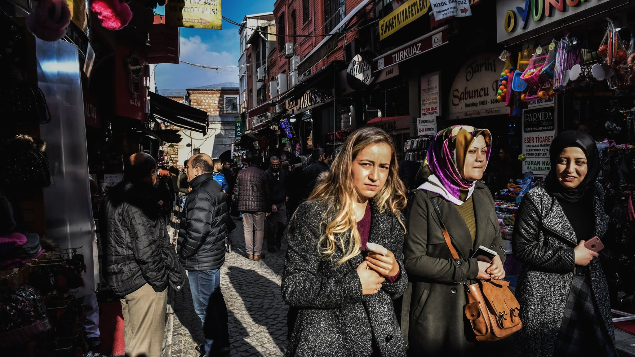 Flurry of warnings sparks fears for Turkey's fast-growing economy