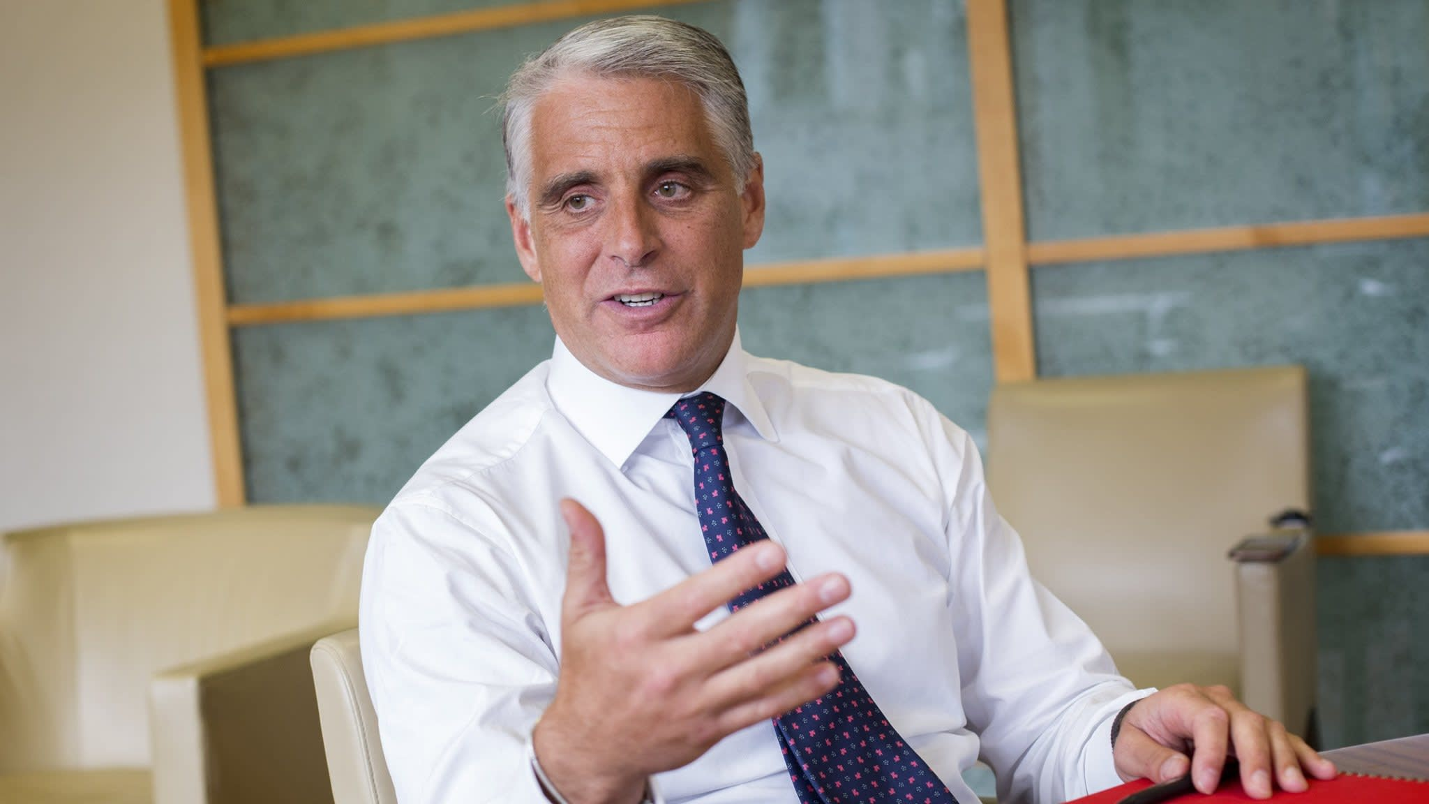 Santander names UBS's Orcel as new chief executive