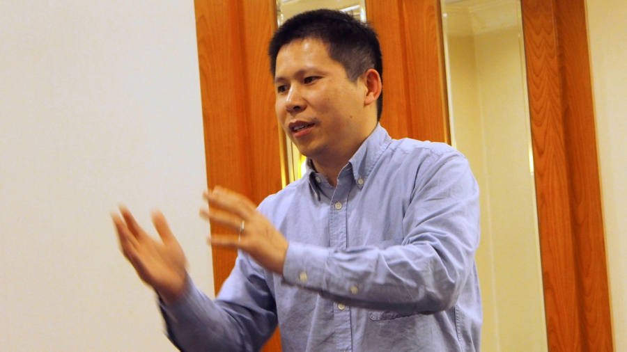 China cracks down on dissent over coronavirus outbreak