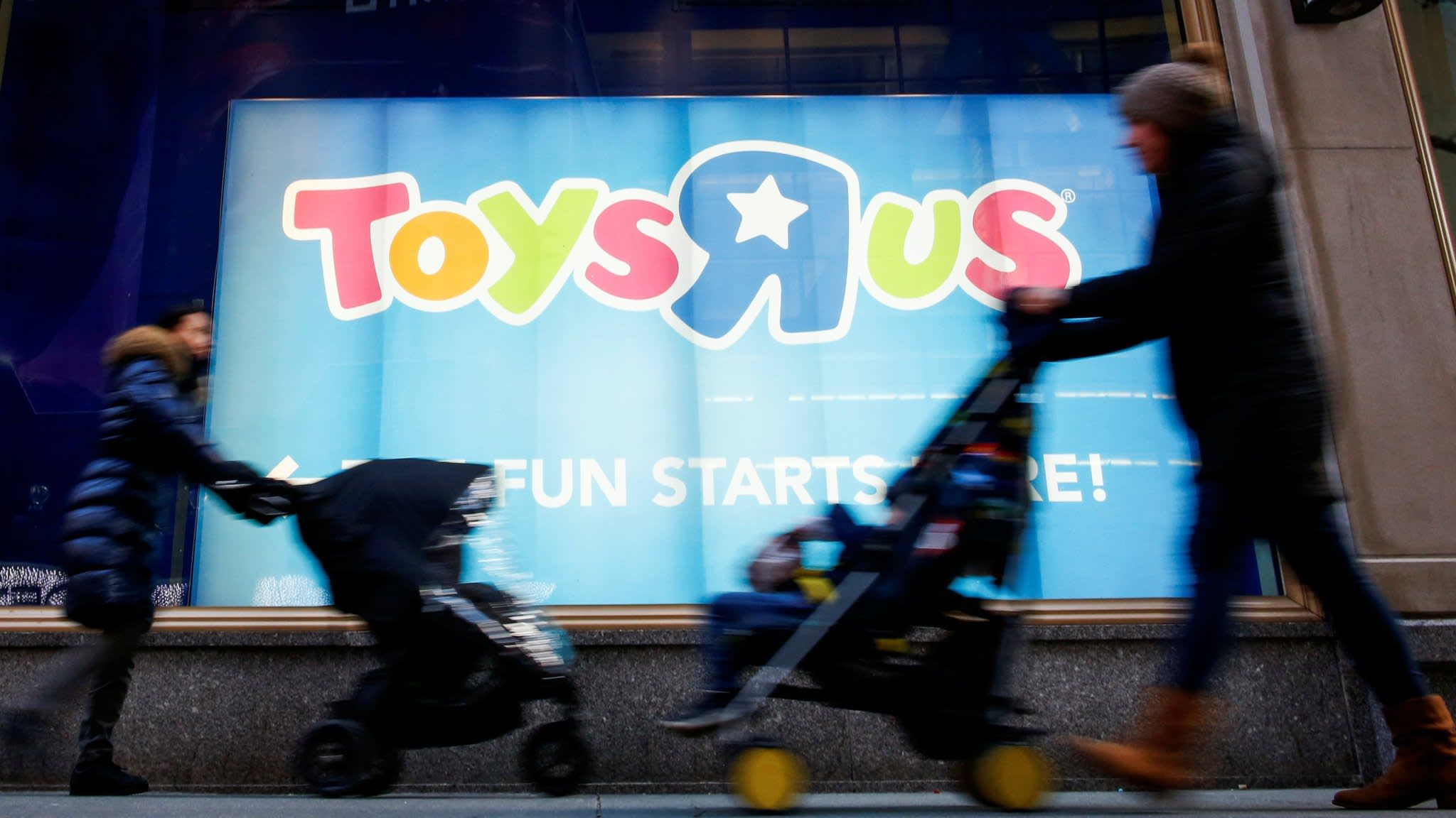 Anthony Scaramucci calls for Toys R Us staff to be compensated