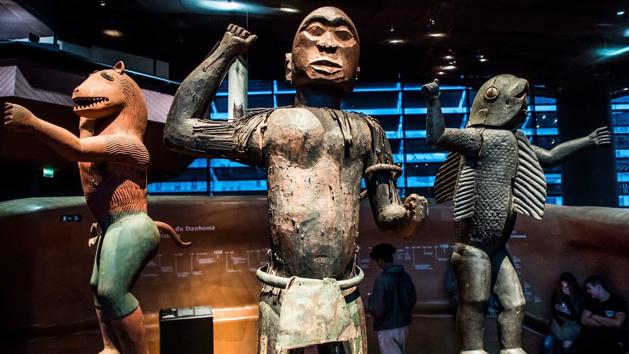 France urged to return museum artefacts to Africa