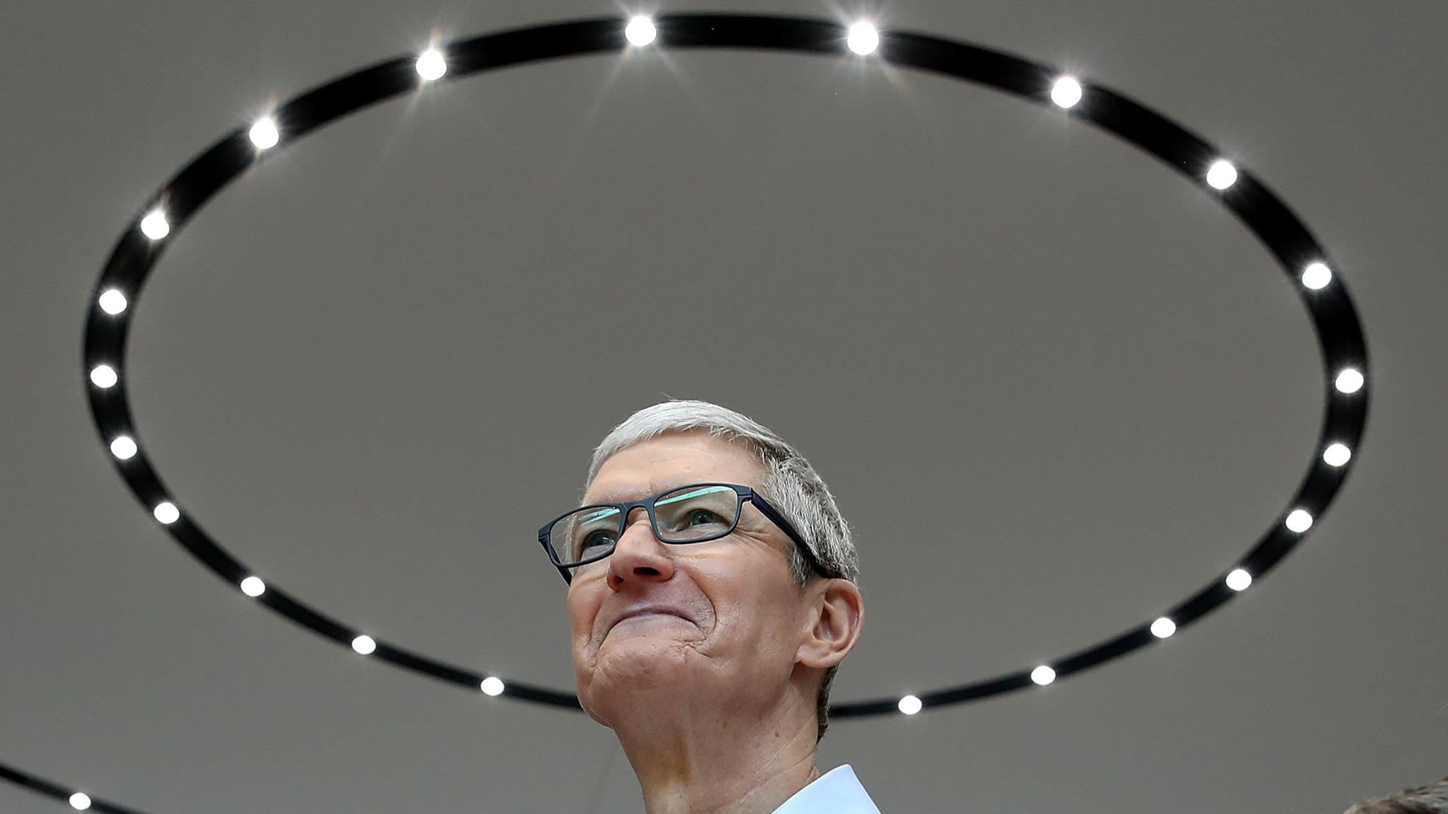 Apple's $1tn market value is a moving target
