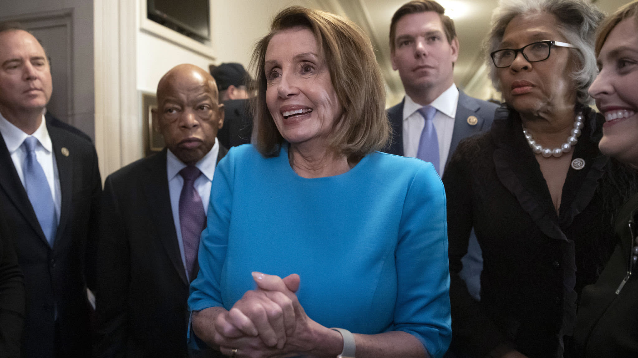 Nancy Pelosi clinches Democratic nod for House speakership