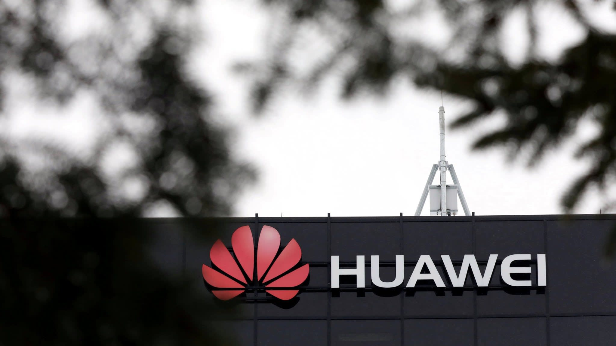 Huawei spat comes as China builds lead in 5G