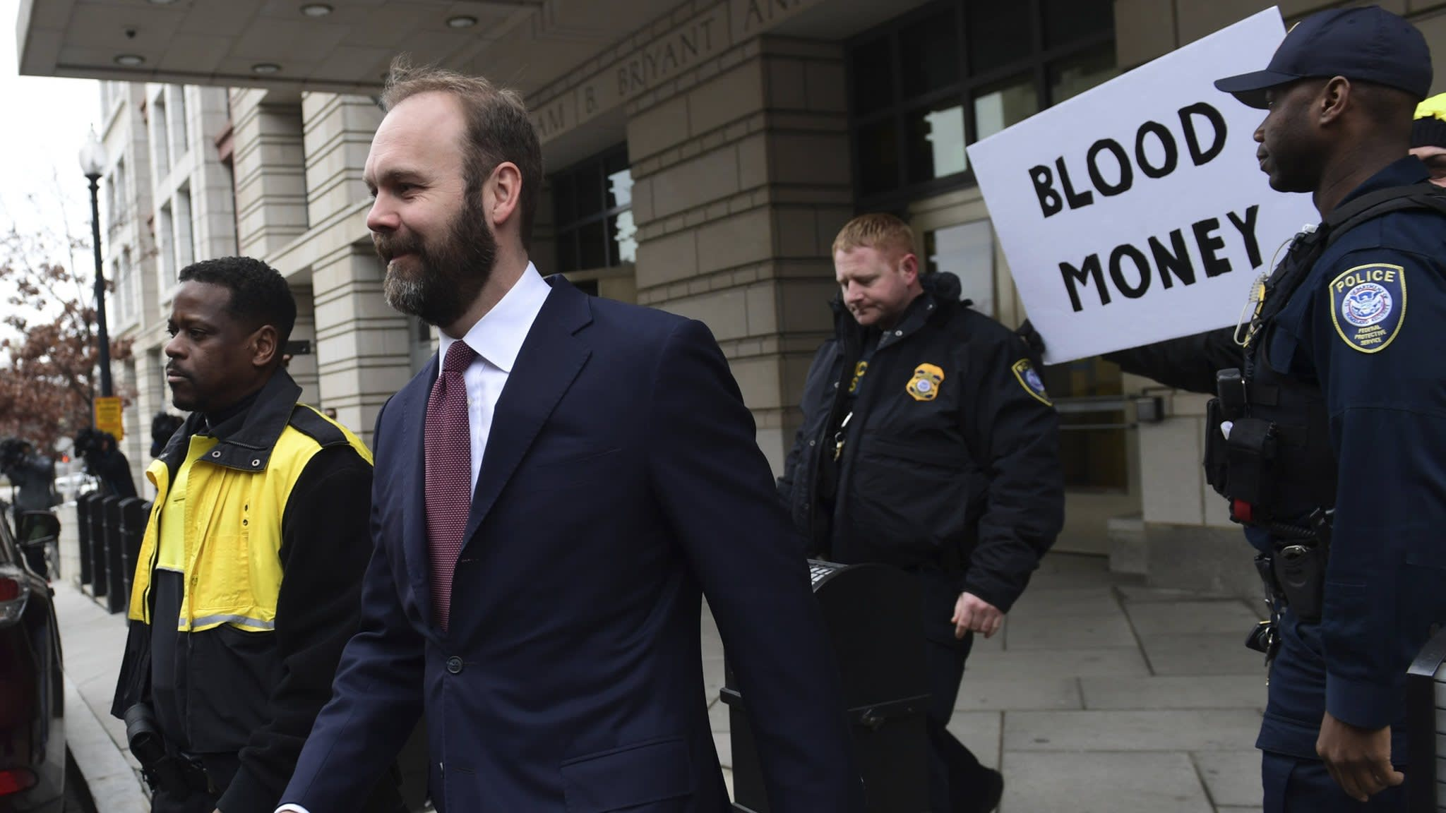 Ex-Trump campaign aide pleads guilty to lying to investigators