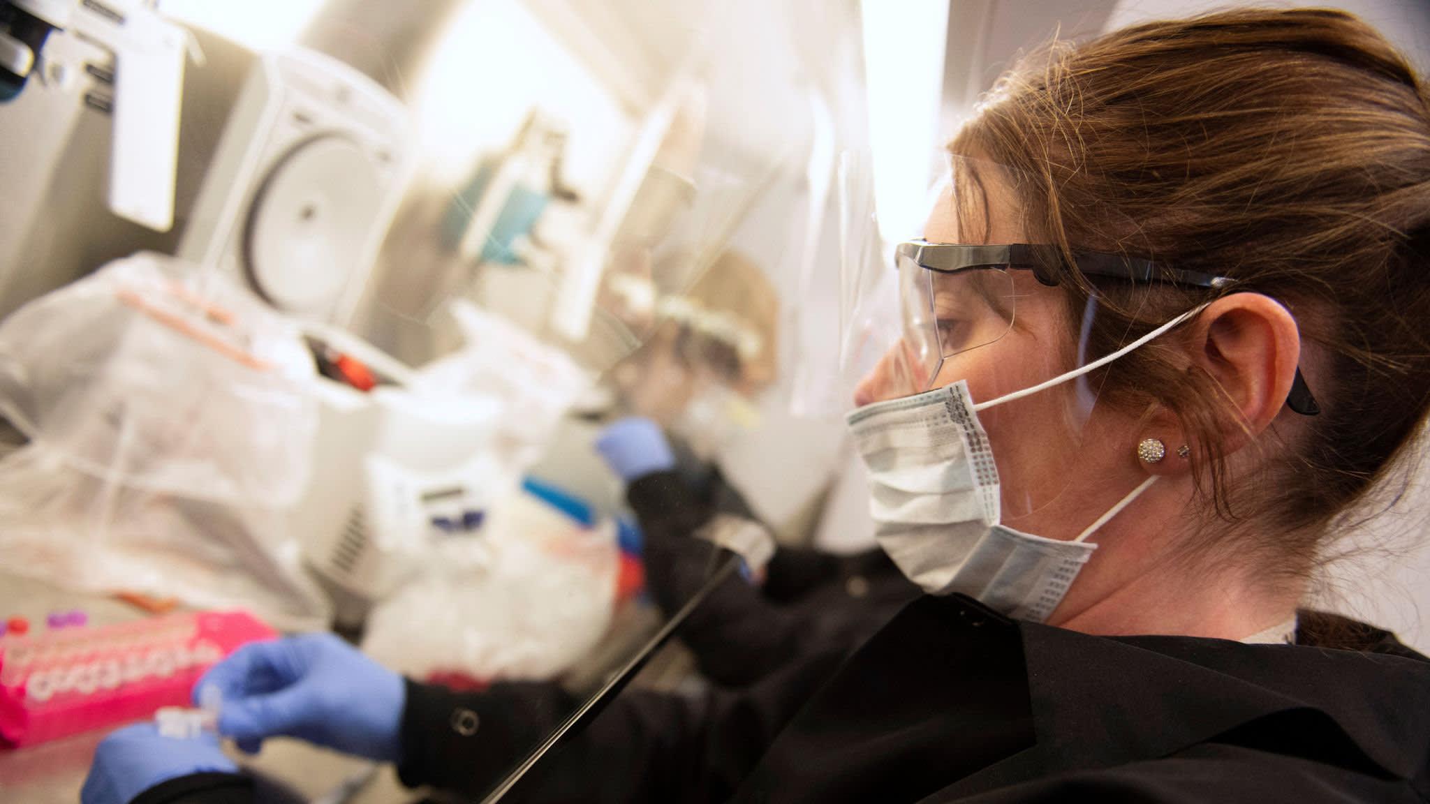 US hospitals panic-buy drugs ahead of coronavirus influx ...