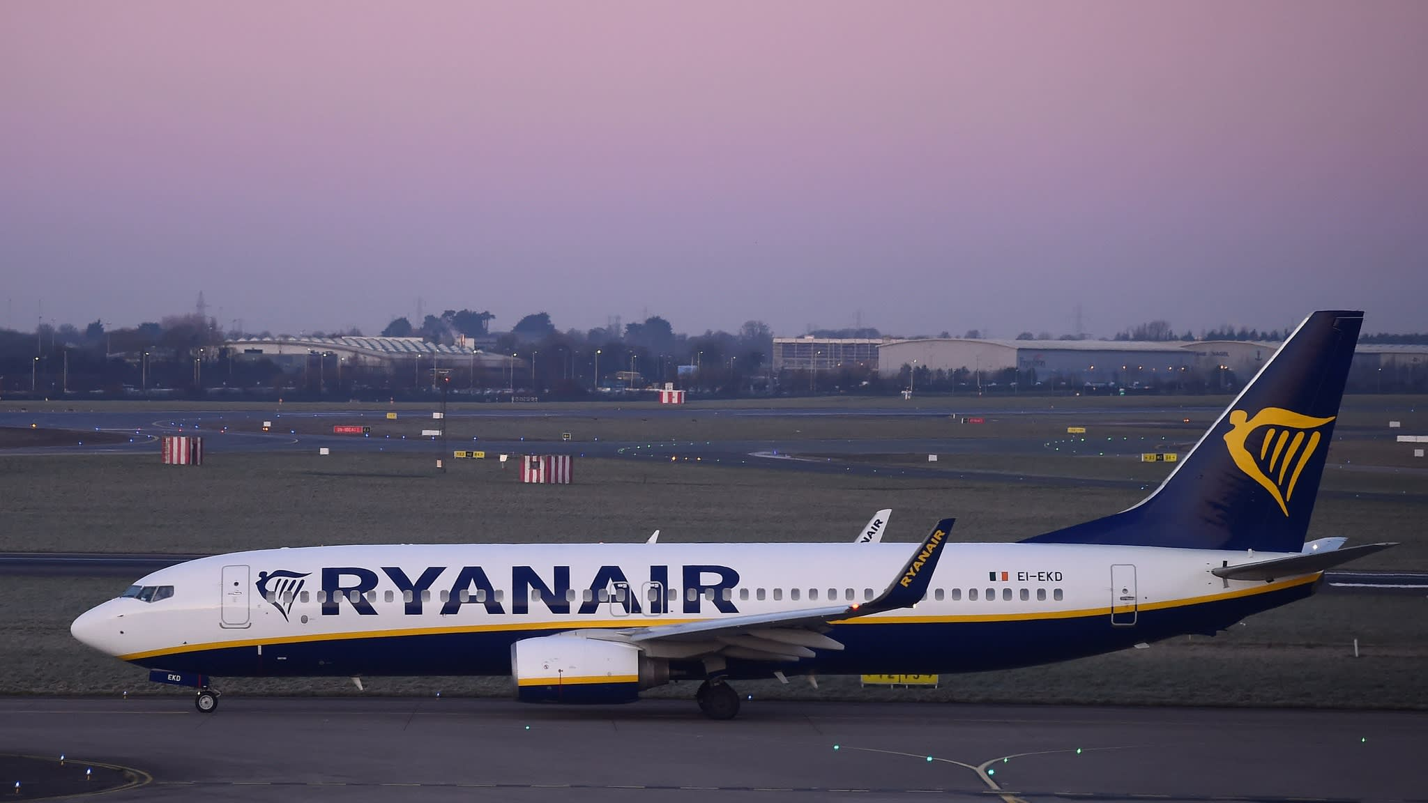 Ryanair cuts Dublin fleet by 20% after pilot strikes