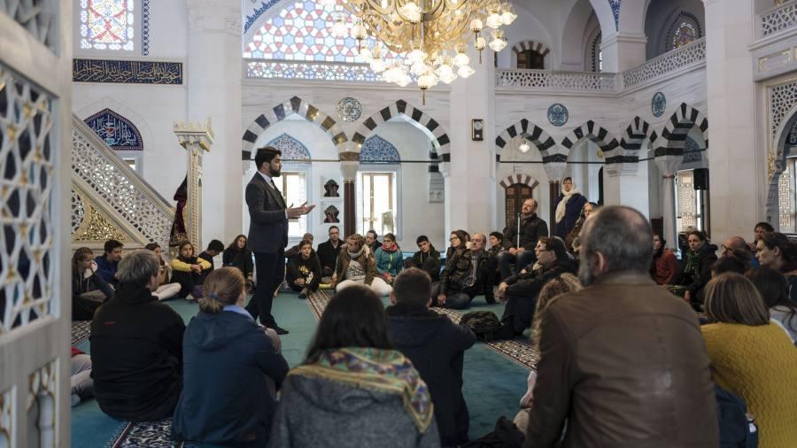 Berlin moves to cut ties between German Muslims and Turkey