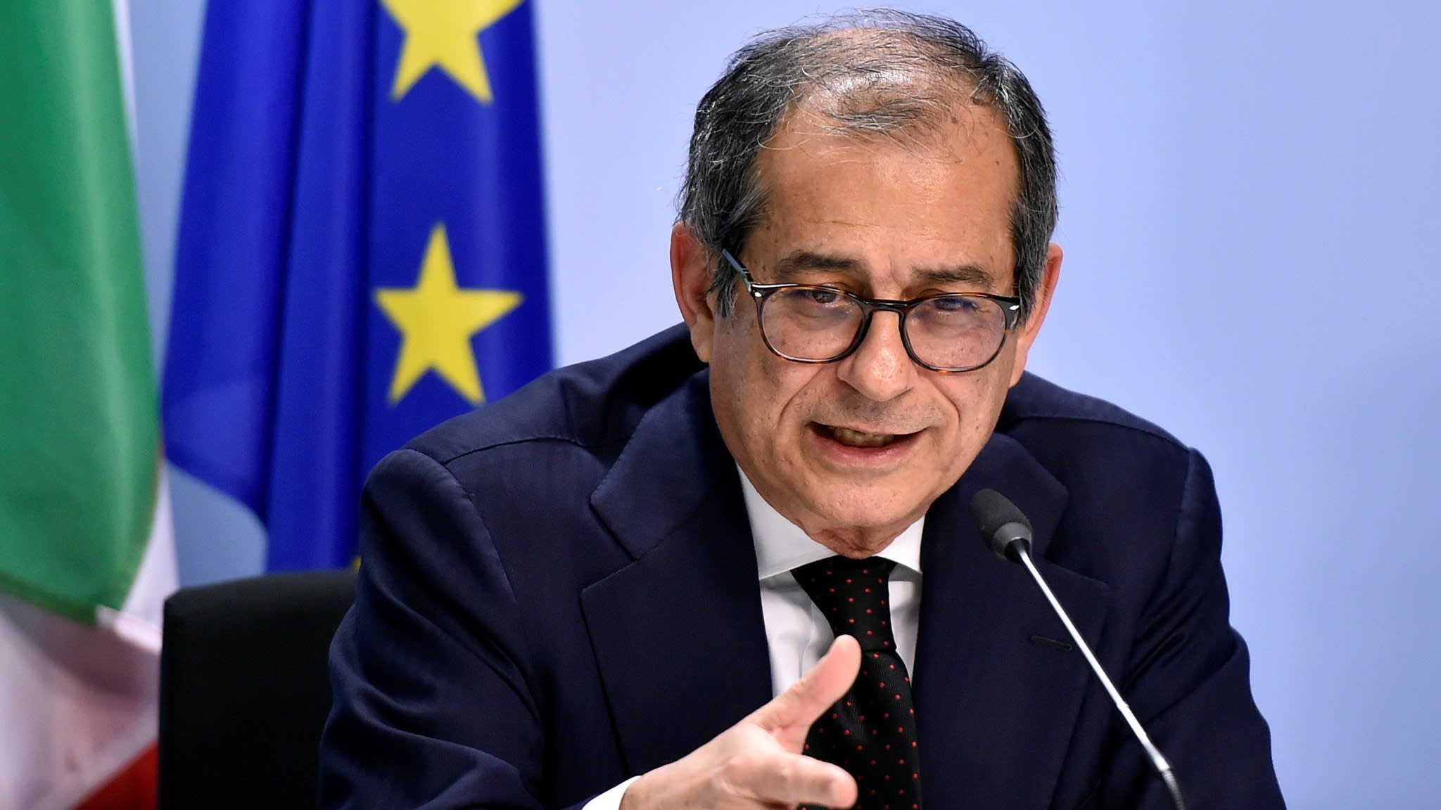 Brussels says Italy should face sanctions procedure over budget