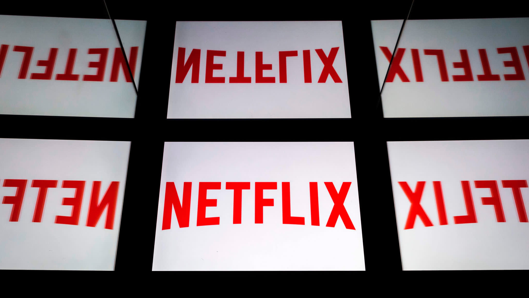 Netflix to sell $2bn in bonds as streaming competition heats