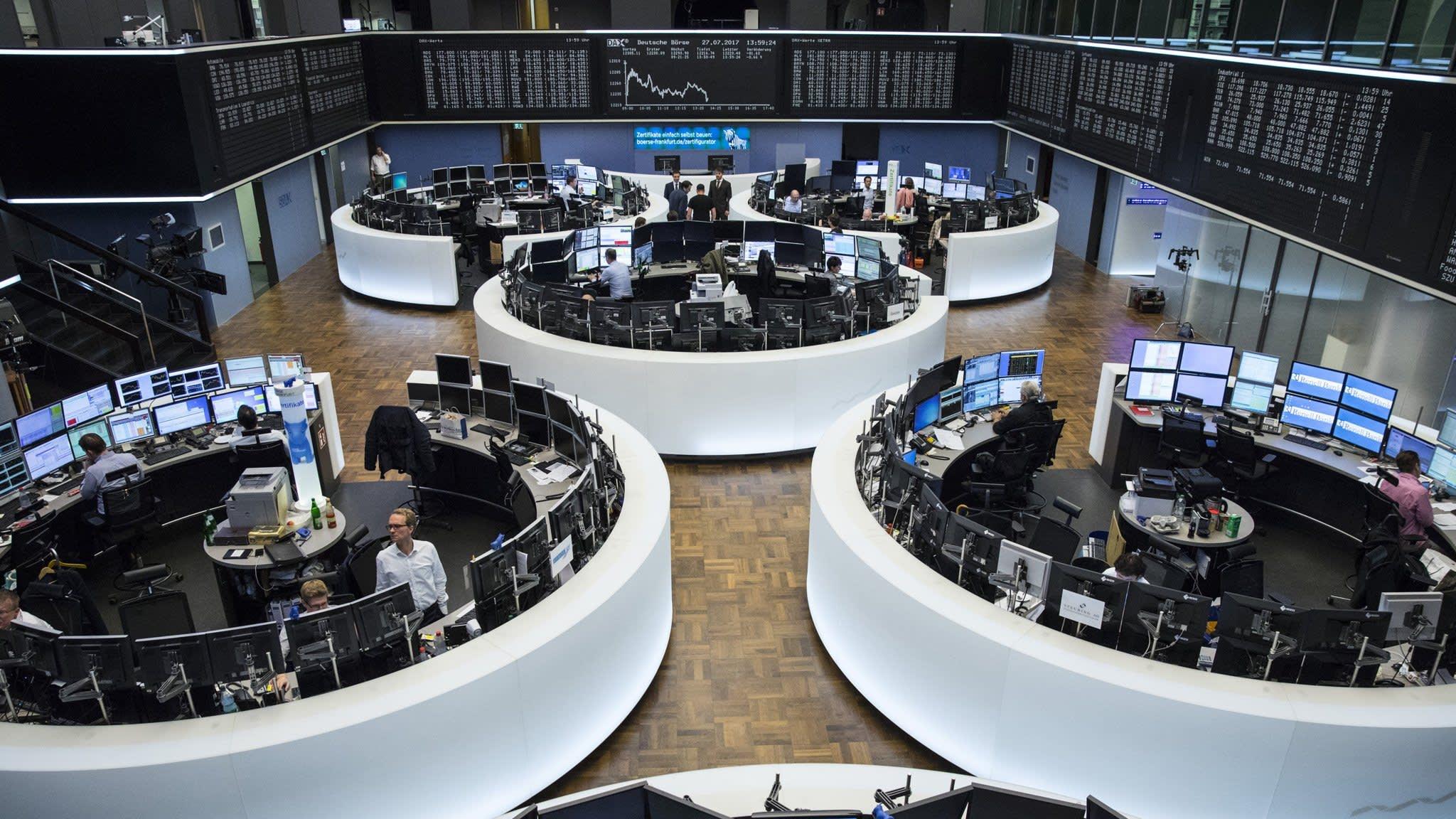 Deutsche Börse equities, futures trading delayed by system glitch