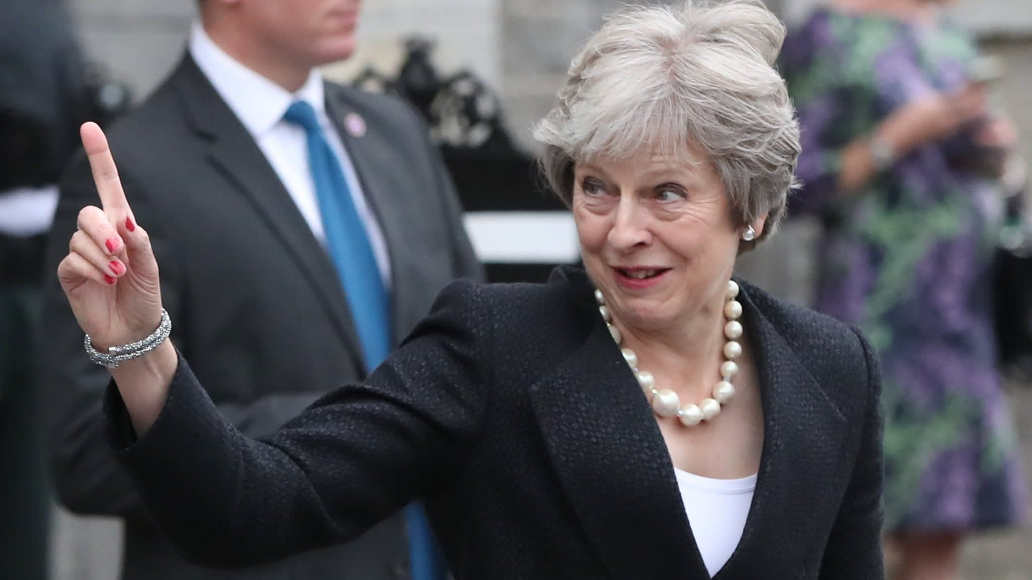 Theresa May calls on EU to 'evolve' Brexit position on Irish border issue
