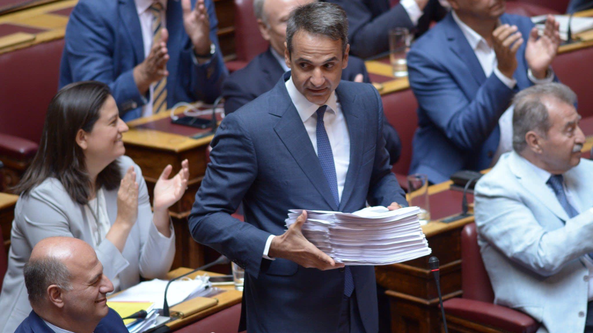 Poll favourite to be next Greek PM backs pro-market reforms