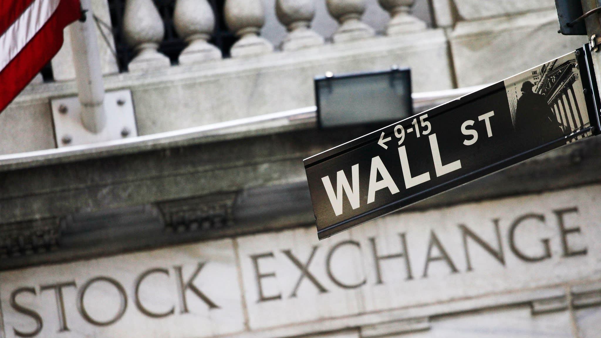 Investors pump record $43bn into global equities market