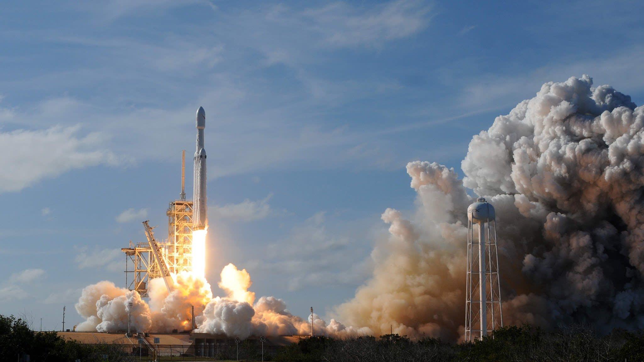 The global technopolitics of space exploration