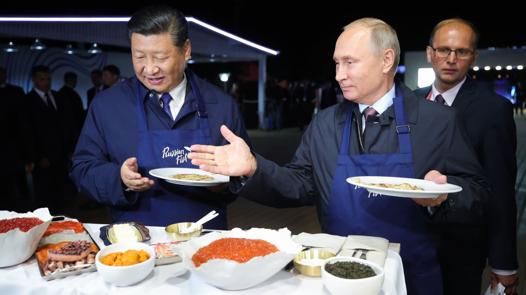Xi Jinping and Vladimir Putin vow to fight protectionism