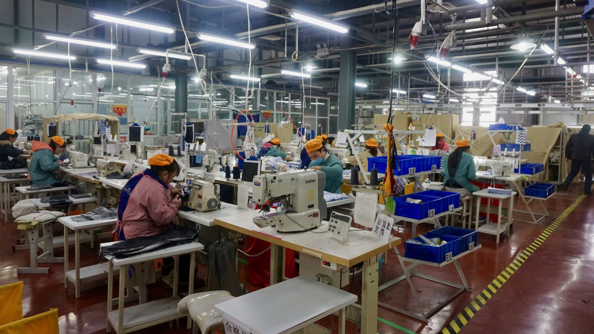 China moves its factories back to the countryside