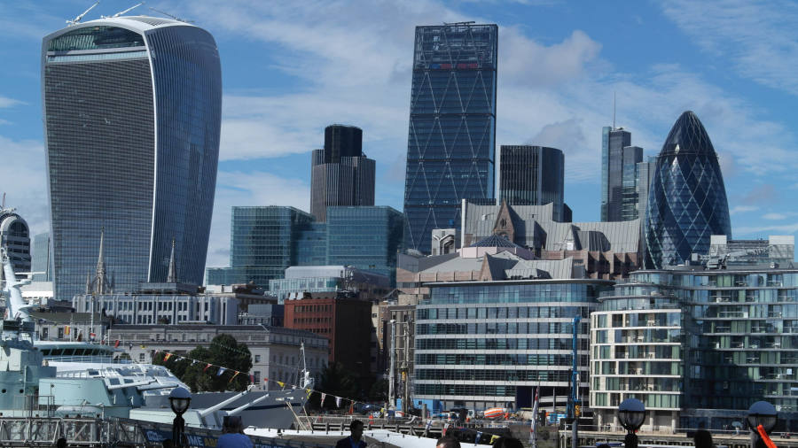 London loses top spot as global finance hub