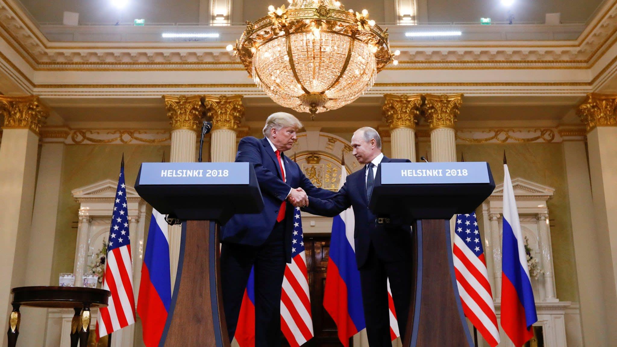 Republicans reproach Trump for defending Putin